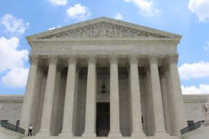 Supreme court building where wage and hour lawsuits have taken place.